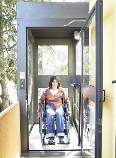 Mini ascensori interni per prezzi piattaforme elevatrici for Costo aggiuntivo per suite suocera